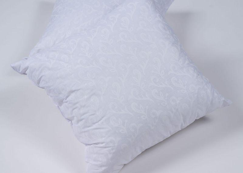 biała poduszka z mikrofibry kwadratowa 01
