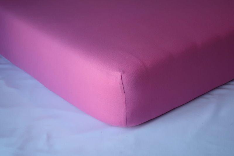 Prześcieradło jersey z gumką 200x200 kolor różowy